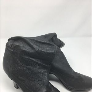 Other - Jessie 2 in Heel Black Upper Leather Women's Boot